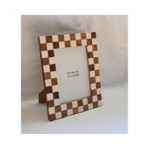 Checkered picture frame | Nancy Design